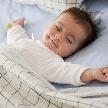 นอนน้อย เสี่ยงลูกเตี้ย พัฒนาการไม่สมวัย